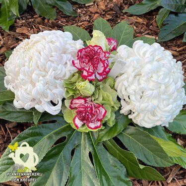 a1-bloemstuk-chrysanten-anjers