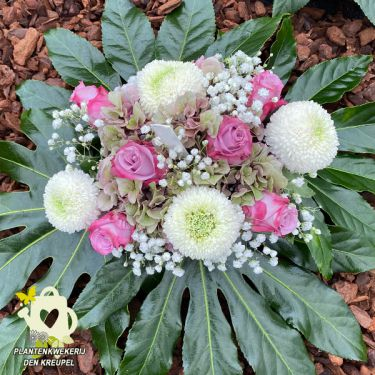 a1-bloemstuk-rozen-plat