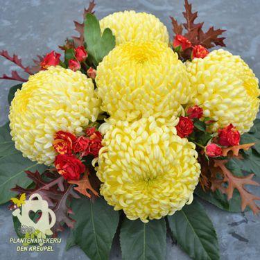 gele-bollen-bloemstuk